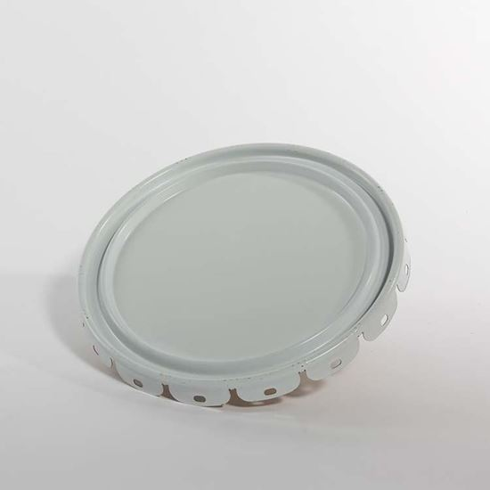 Picture of 5 Gallon Steel White Lug Cover w/ Interior Gold Phenolic Lining and Flow in Gasket - UN