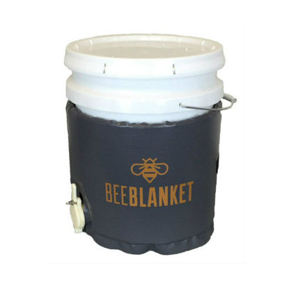 Picture of 5-Gallon Insulated Pail Heater w/Cutout for Gate Valve, Fixed Thermostat, 110 °F - BeeBlanket (BB05GV)