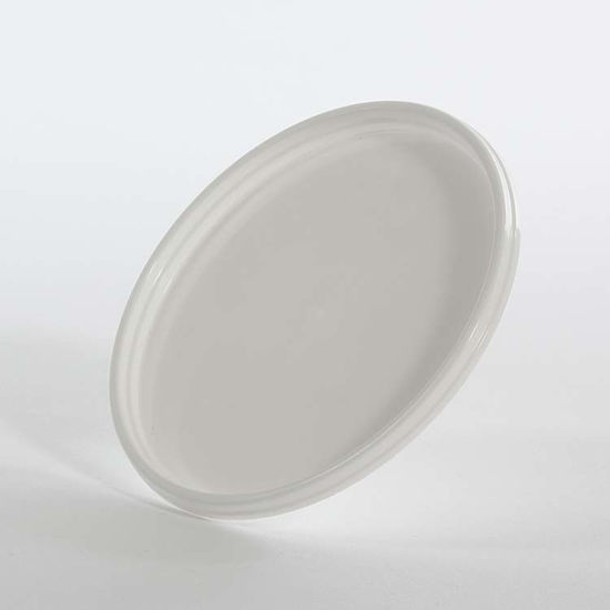 Picture of 6 oz White Co-Polymer Ring Lock Cover