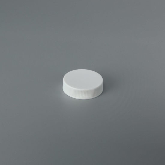 Picture of 38-400 White PP Matte Top, Ribbed Sides Cap with Lift-N-Peel U5 LPE  (Heat Seal For PE & PP)