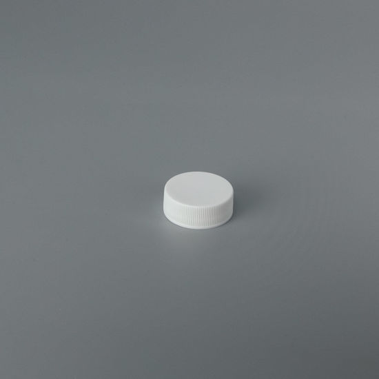 Picture of 28-400 White PP Smooth Top, Ribbed Sides Cap with FS319.20 Plain Liner (Heat Seal For PET)